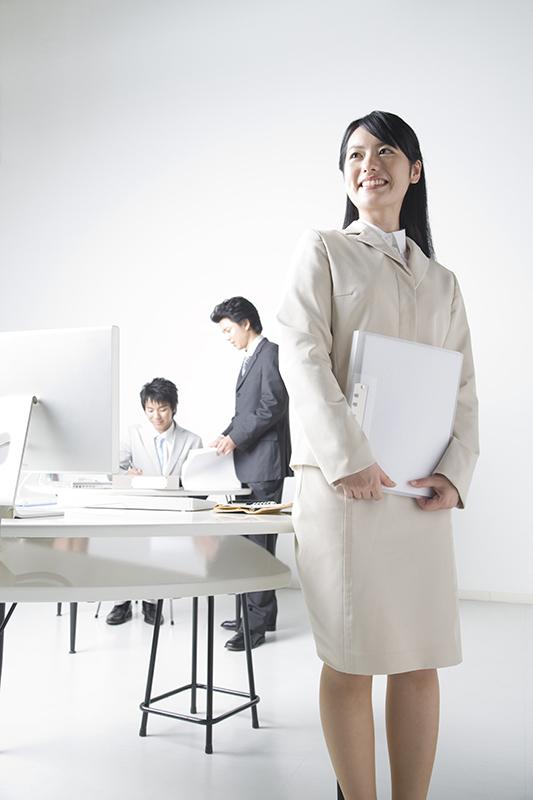 残業 転職活動 女性
